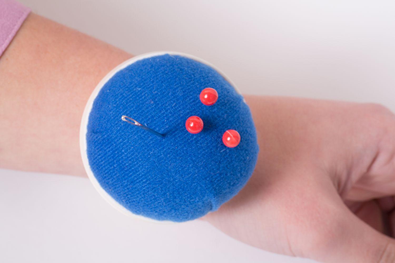 Nadelkissen Armhalter - Blau