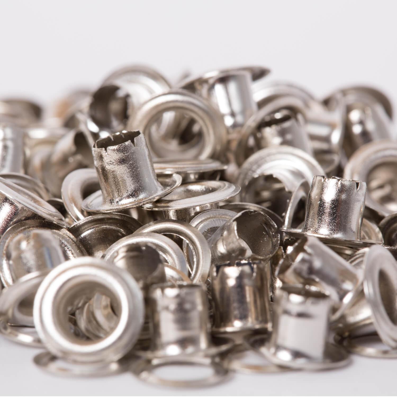 100 Ösen mit Scheiben in Silber - 4mm (N)